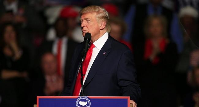 Трампа закликали покаятись зазв'язки зРосією