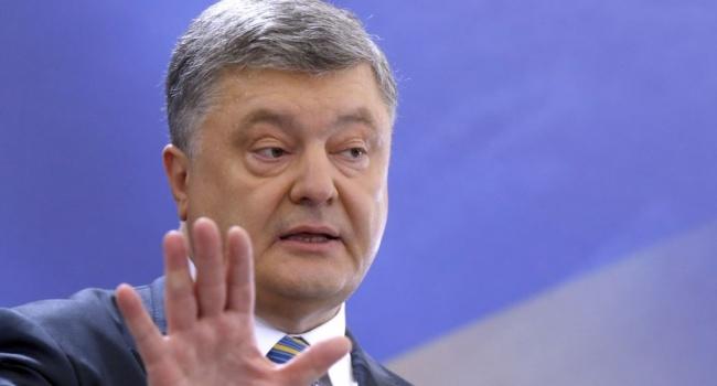 ВСовфеде назвали паранойей слова Порошенко о«щупальцах Кремля»