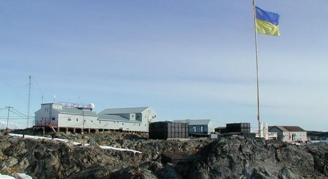 Українські вчені розширюють дослідження в Антарктиці