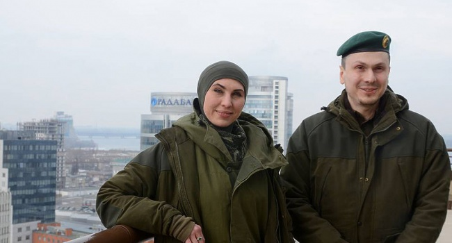 Аваков нагородив Окуєву новим пістолетом, аОсмаєва— годинником
