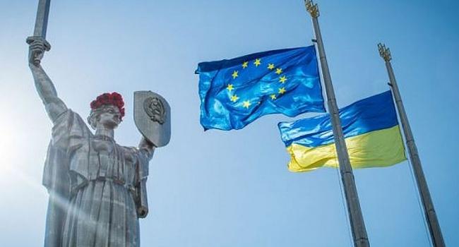 Волонтер: где Российская империя, Ленин, Сталин, Гитлер, СССР? Их нет, а Украина есть. Вот и РФ не будет, а Украина останется