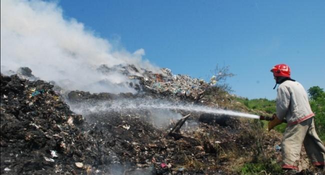 УЛьвові наГрибовицькому полігоні гасили пожежу