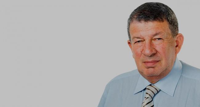 Виховував підростаюче покоління:  Батько Гройсмана отримав 6 тисяч гривень від міської ради