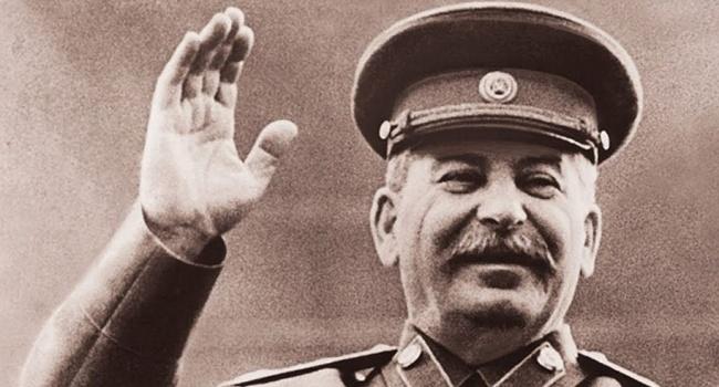 Путін вважає, що демонізація Сталіна – це напад на Росію