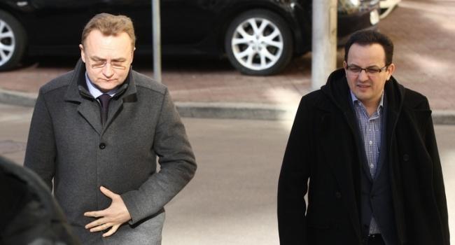 Блогер: пану Березюку важливо не розпухнути під час «голодування», як це зробила наша Надія