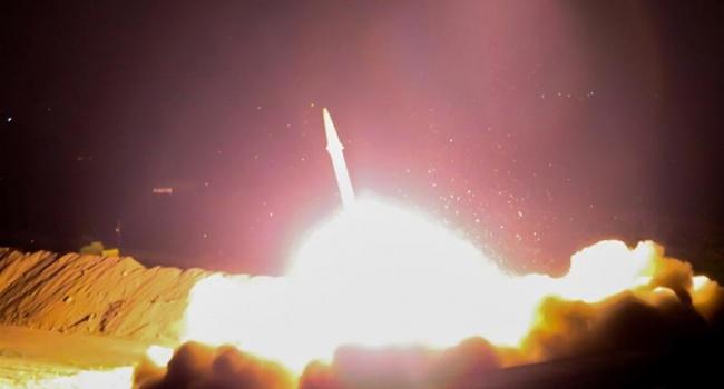 Вперше за 30 років Іран випустив ракету по території іншої країни