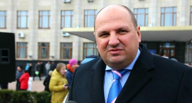 У Києві затримали під час отримання хабара охоронця нардепа