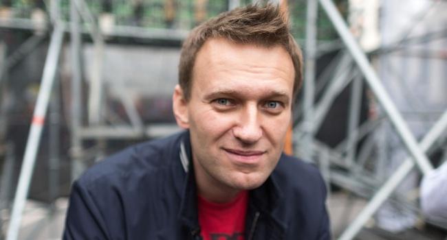 Бабченко рассказал, что хочет получить Навальный