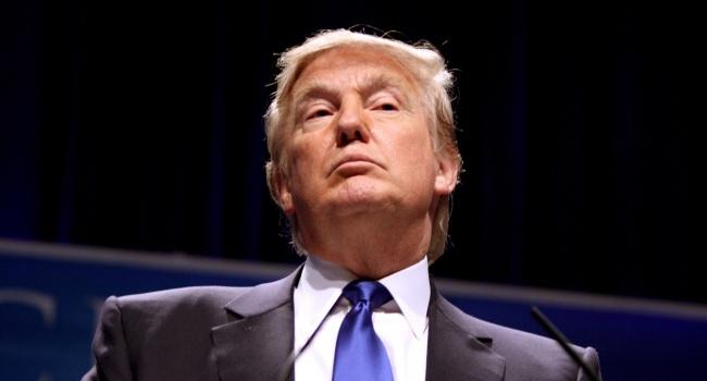 Слухняний хлопчик: психолог розповів про «дивну» поведінку Трампа під час зустрічі з Порошенком