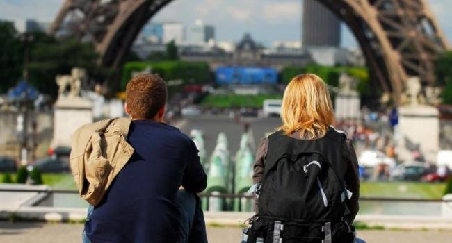 Через геїв у Європі російських туристів закликають робити щеплення від гепатиту