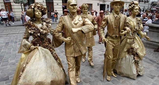 Туристы не верят Садовому: билеты традиционно во Львов в четверг-пятницу не купишь