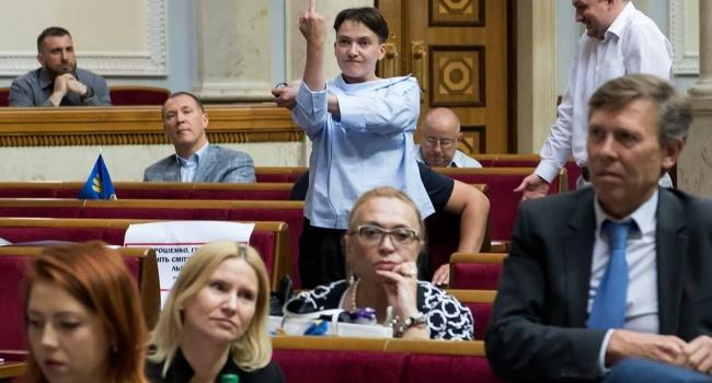 Савченко розповіла, кому в Раді показала середній палець