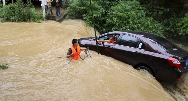 Проливные дожди вКитайской народной республике забрали жизни 28 человек