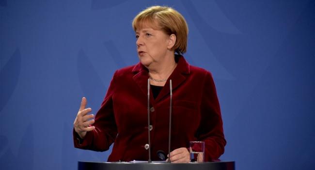 Меркель згадала про Україну усвоїй передвиборчій програмі