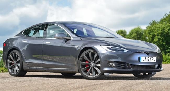 Tesla увеличила поставки воII квартале на53%