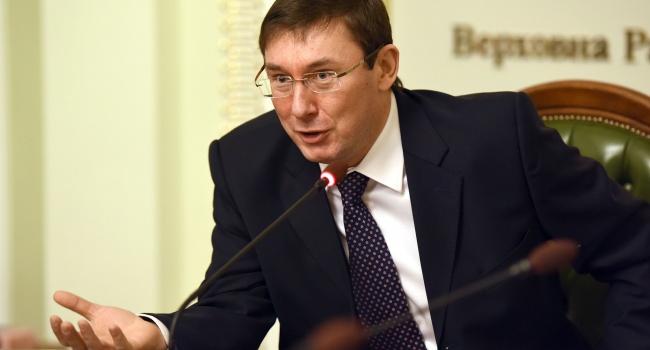 Довгий продемонстрировал, что готов обосновывать свою невиновность всуде,— Денисенко