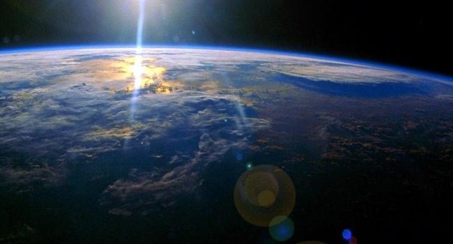 Исследователи зафиксировали необычные сигналы из космоса