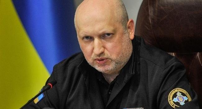 Турчинов назвав «Малоросію» спотвореним маренням ряджених блазнів