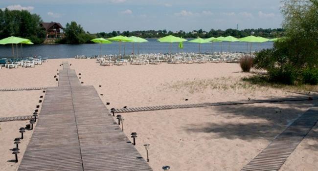Навсех пляжах вКиеве запретили купаться