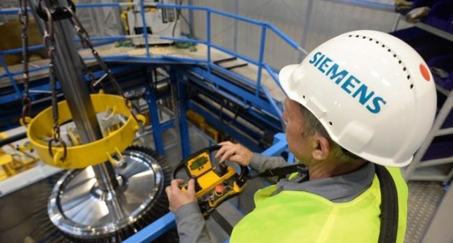 Концерн Siemens неисключает увольнение служащих из-за скандала стурбинами вКрыму