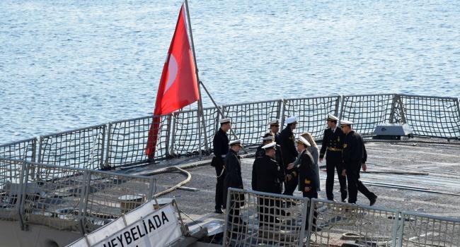 Окупанти в Криму намагаються продати в Туреччину український метал – волонтер