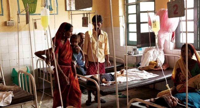 В Індії затри дні померли 30 дітей через спалах енцефаліту