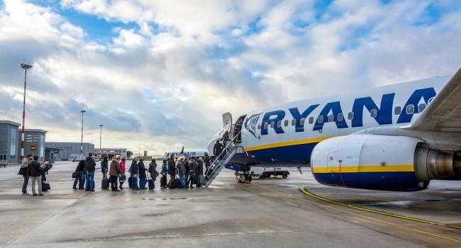 Ryanair обвинил Коломойского внечестном заработке наукраинцах