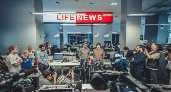 Блогер: последний раз Россия урезала деньги на пропаганду в 1917 и 1991 и вот теперь история повторяется в 2017