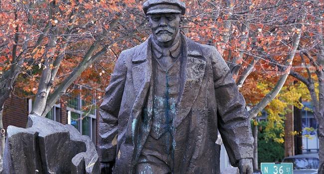 Декоммунизация добралась до США: в Сиэтле могут снести памятник Ленину