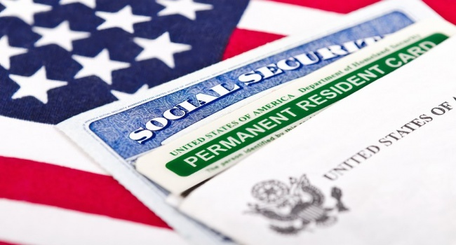 США приглашают жителей Крыма получать американские визы в Киев