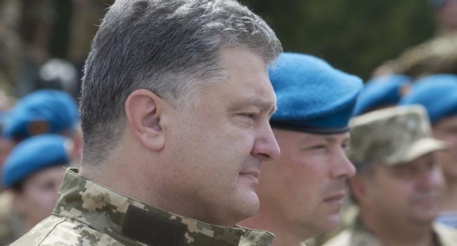 Порошенко: эта годовщина независимости стала особенной для украинцев
