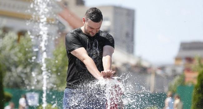 Синоптики: 25 августа в Украине снова начнется жаркое лето