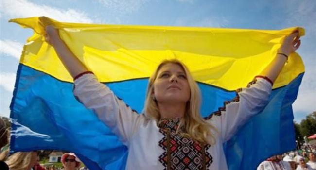 Блогер: в Україні відбуваються тектонічні зміни, які не можуть не помічати навіть найзатятіші песимісти