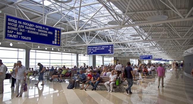 В украинских аэропортах растет пассажиропоток