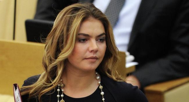 Предполагаемая любовница президента РФ удивила знаниями русского языка