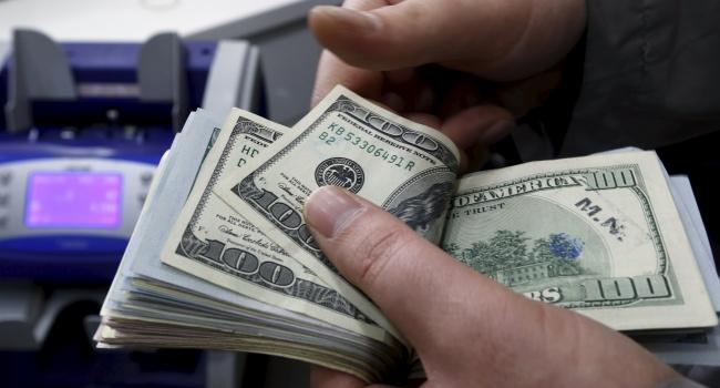Блогер рассказал, кто из политиков инвестирует в осеннюю «революцию» 200 миллионов долларов в месяц