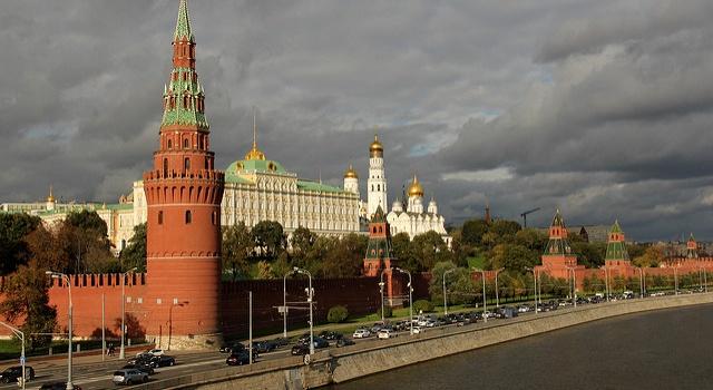 В России пояснили, почему не стоит ожидать вторжения в Украину войск Путина