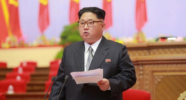 Ким Чен Ына хотели оставить без «черного золота», Россия и Китай высказались против