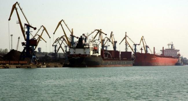 Порошенко приветствовал прибытие водесский порт первой партии энергетического угля изсоедененных штатов
