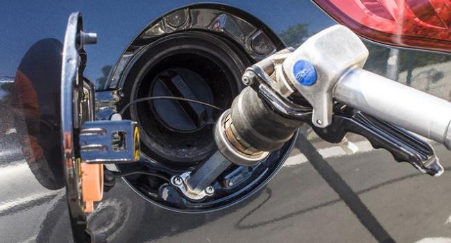 АЗС снова подняли цены набензин идизтопливо