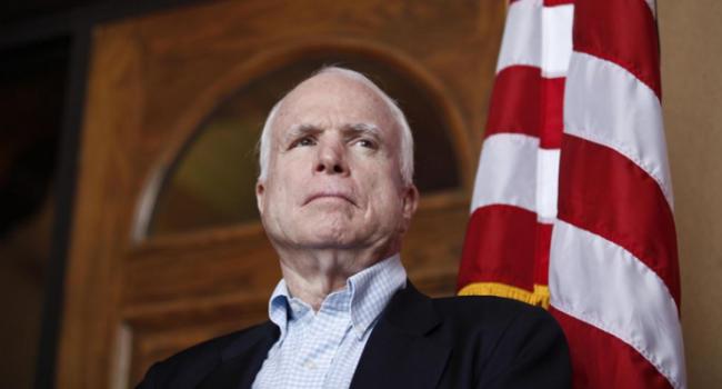 Джон Маккейн уехал вАризону лечиться отрака