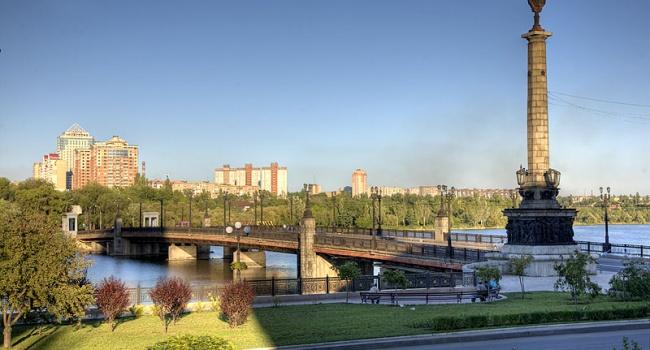 5 тысяч долларов – и квартира в Луганске ваша: стало известно о ценах на жилье в городах Донбасса