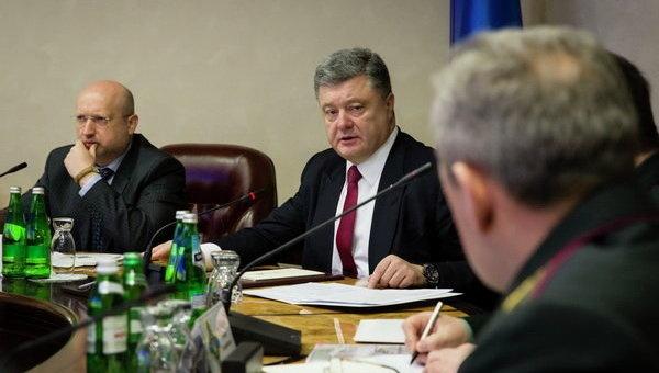 Порошенко: «Из-за действий РФ  количество заложников наДонбассе только растет»