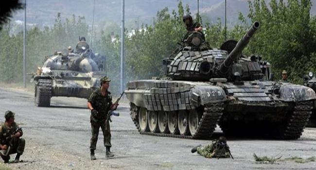 Военный обвинитель Украины поведал о«несметных полчищах» русских войск вДонбассе
