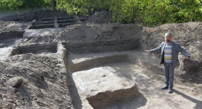 Возле Днепра археологи обнаружили уникальное древнее жилище
