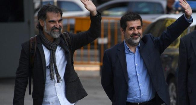 Іспанський суд розпорядився арештувати лідерів двох найбільших каталонських організацій