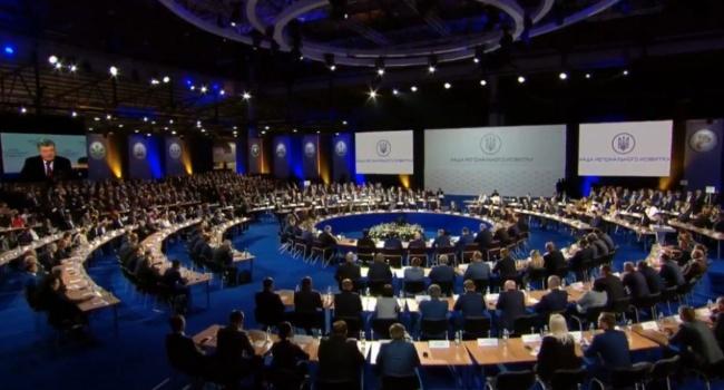 Вражда вДонбассе будет продолжена— Порошенко