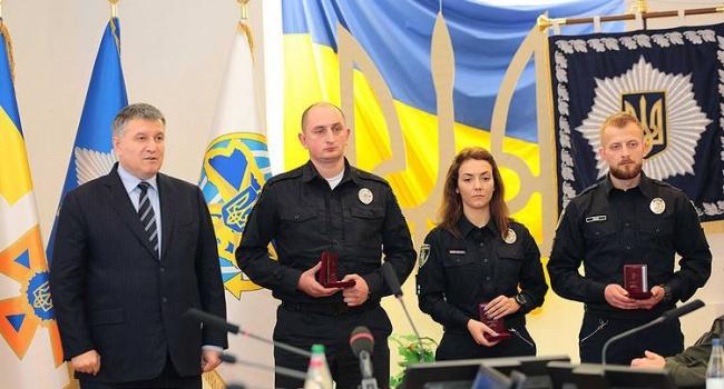 Суд поновив напосаді патрульного, який затримав екс-полковника міліції