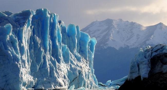 Ученые: ледники Антарктики начали таять очень быстрыми темпами