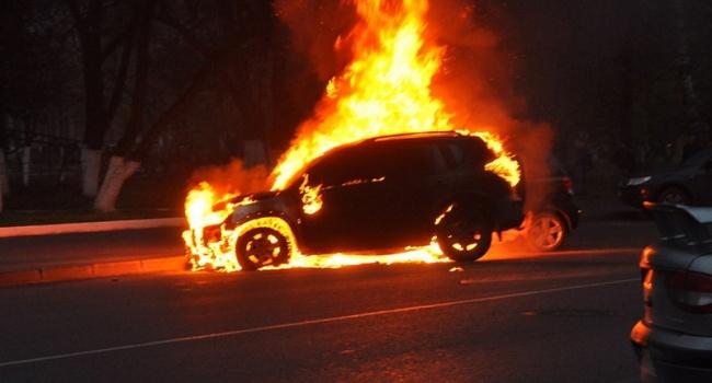 ВОдессе заночь сгорели десятки автомобилей